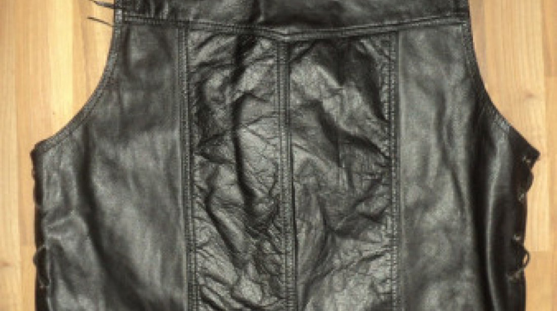geci moto,chopper geaca motociclist,jachete,pantaloni si veste de piele - DIVERSE