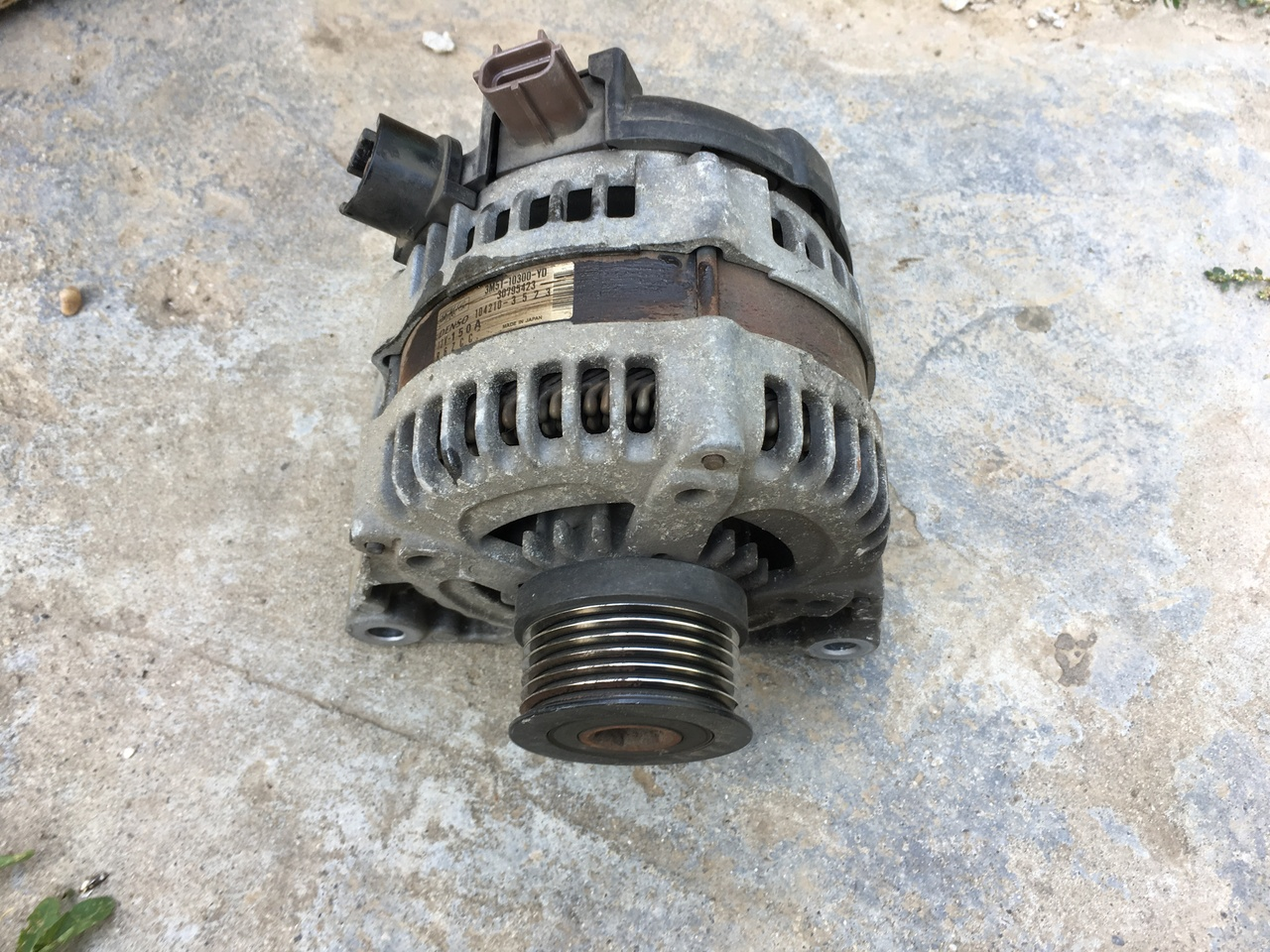 Generator de curent , alternator Ford , Volvo , Mazda 3