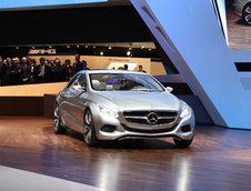 Geneva 2010: Mercedes F800 Style - Probabil noul CLS...