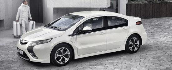 Geneva 2011: Opel duce mobilitatea de la Ampera spre conceptul Zafira Tourer