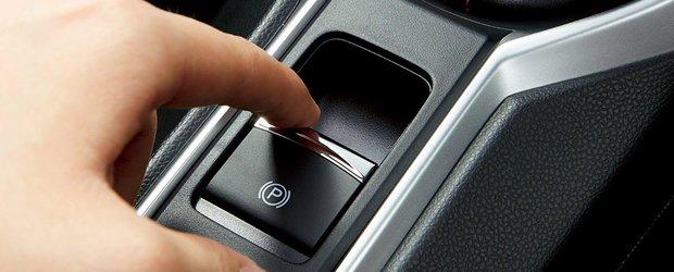 Ghicitoarea zilei: ce se intampla daca tragi frana de mana electronica in timp ce masina ruleaza?