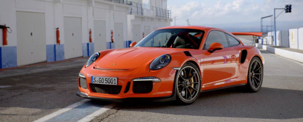 Gluma lunii din domeniul auto vine din partea celor de la Porsche si Honda