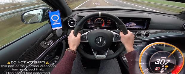 Goneste cu peste 300 km/h pe drumurile publice intr-un Mercedes cu aproape 800 CP sub capota. VIDEO interzis cardiacilor