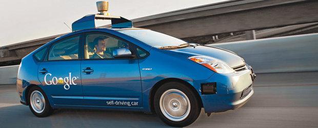 Google vrea sa introduca taxiurile care merg singure