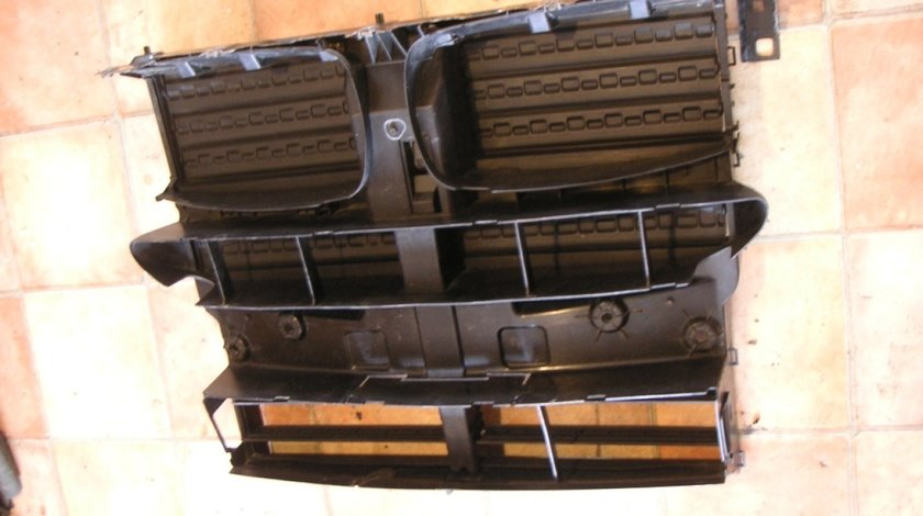 Grila activa radiator BMW X5 F15 cod 7304535