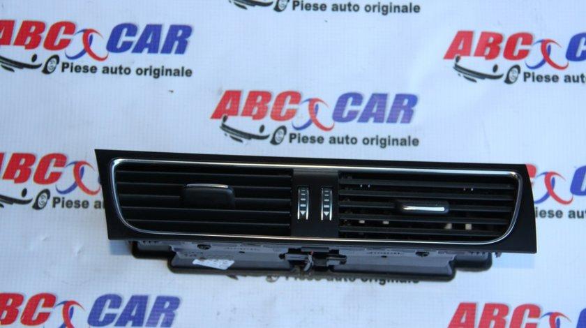 Grila aer bord Audi A5 8T cod: 8T1820951E model 2012