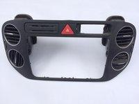Grila aer bord centrala VW TIGUAN 5M0858071K