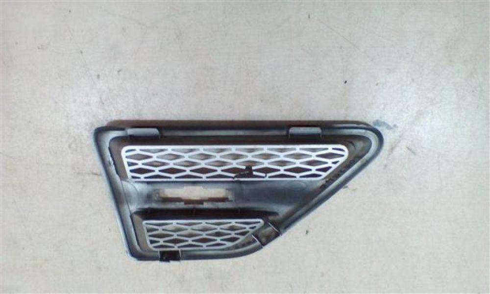 Grila aripa stanga fata Land Rover Freelander2 An 2007-2014 cod 6H52-014K81-BC