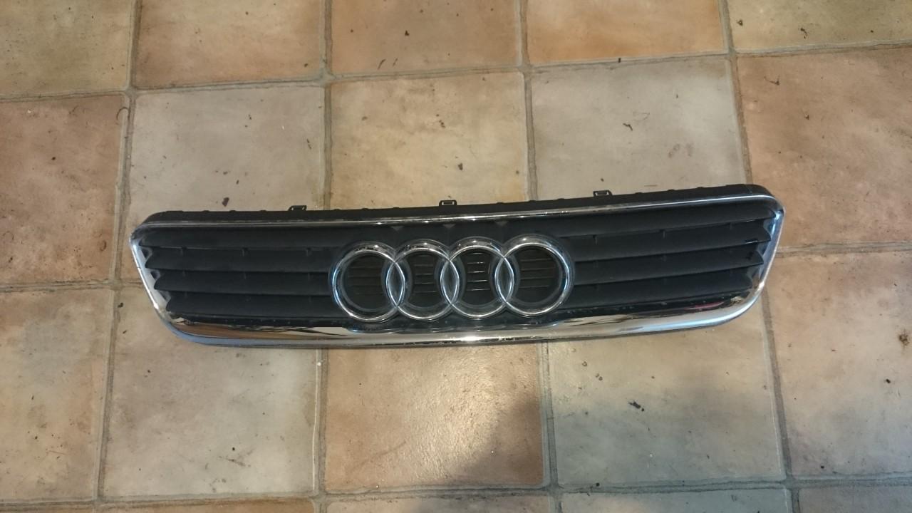 Grila Audi A3 (2001-2003) cod 8L0853651A