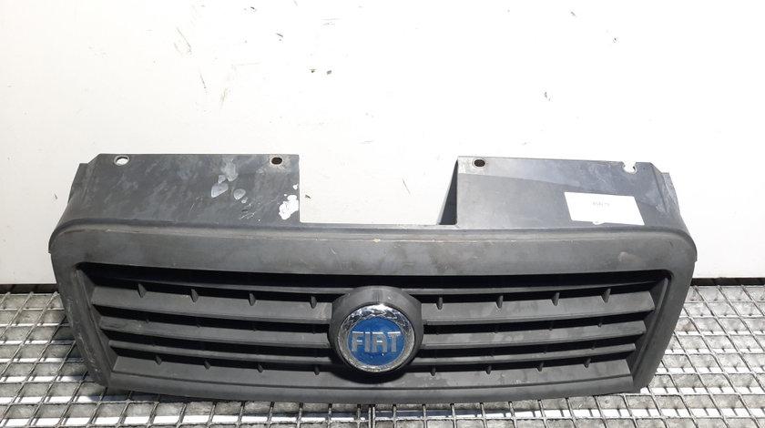 Grila bara fata centrala cu sigla, Fiat Doblo (119) cod 735395576 (id:454219)