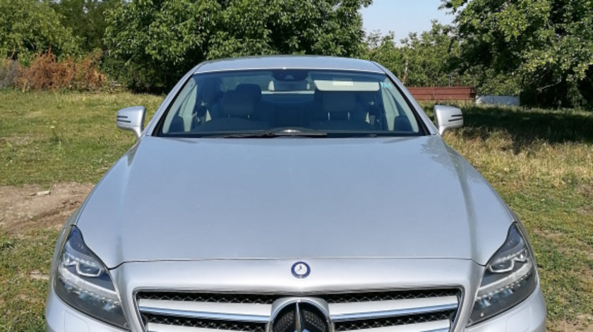Grila bara fata Mercedes CLS W218 2013 coupe 3.0