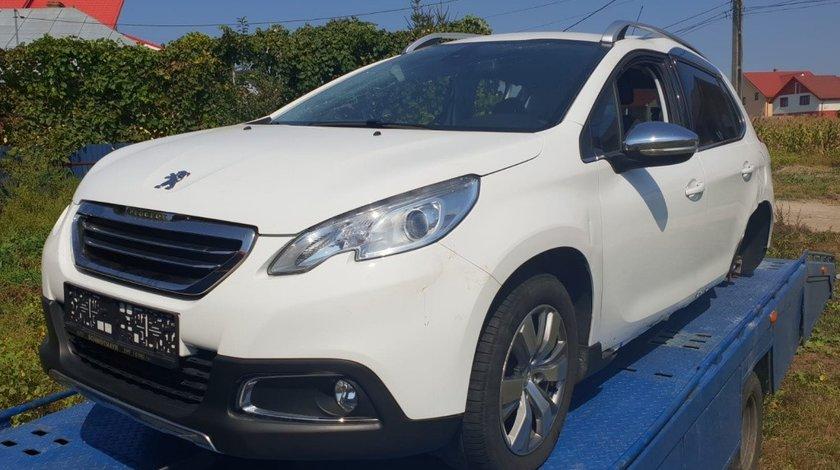 Grila bara fata Peugeot 2008 2014 hatchback 1.6 hdi 9hp