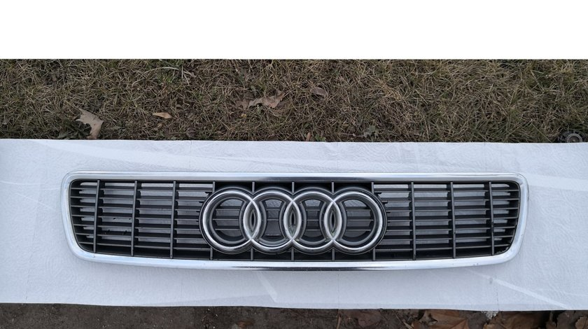 Grila capota Audi A4 S4 B5