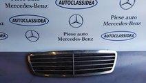 Grila capota Mercedes C class W203