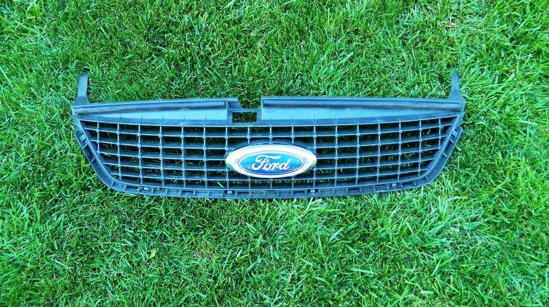 Grila centrala Ford Mondeo MK4 cod 7S71-8200D