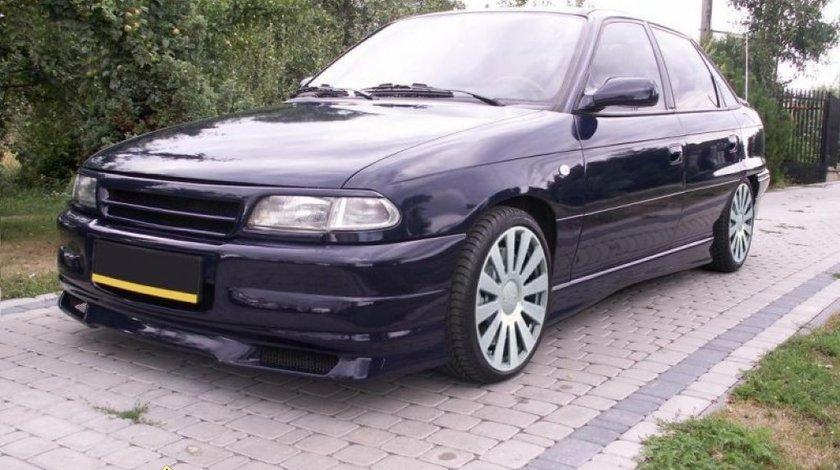 Grila centrala sport tuning fara semn Opel Astra F GSI