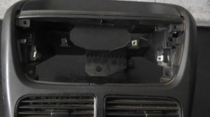 Grila centrala ventilatie cu butoane fiat sedici 16 07355297490