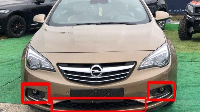 Grila inferioara ornament bara fata Opel Cascada (2014-2018)