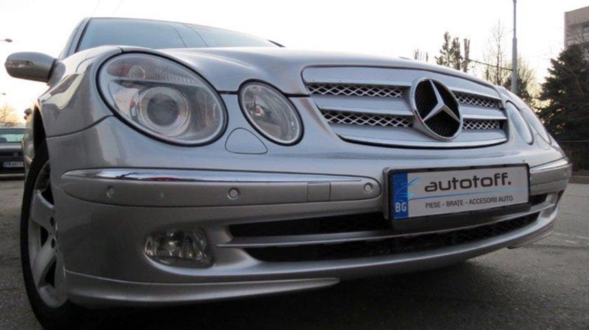 Grila Mercedes-Benz E-Class W211