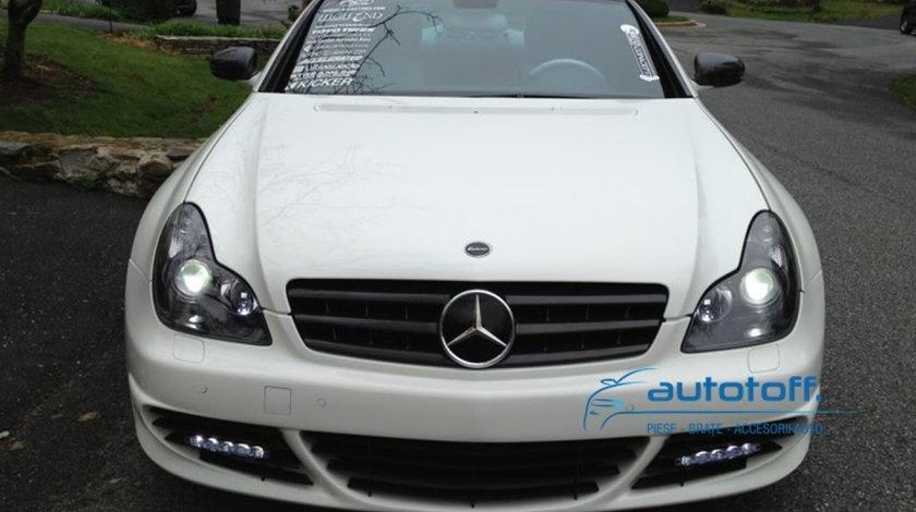 Grila Mercedes CLS C219 (2004-2010) cu stema inclusa