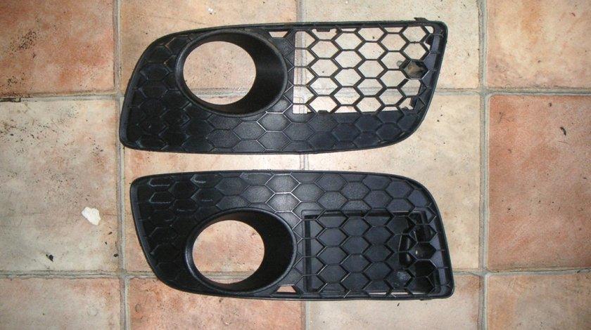 Grila Proiector bara fata VW Golf 5 GTI (2003-2009), Jetta (2005-2010)