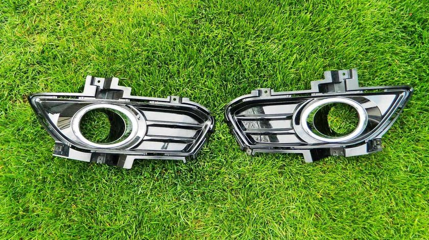 Grila proiector dreapta,stanga Ford Fusion model 2013-2015 cod DS73-19952-M, cod DS73-19953-M