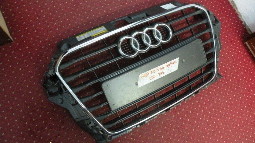 Grila radiator Audi A3 S line sportback 2011 2014 Cod 8V3853651