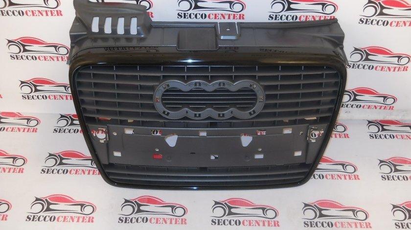 Grila radiator AUDI A4 B7 2004 2005 2006 2007 S Line