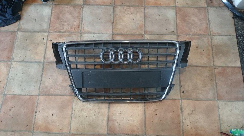 Grila radiator Audi A5 (2007-2012) cod 8T0853651E