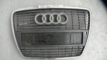 Grila radiator Audi A6 2005-2010  cod : 4F0 807 43...
