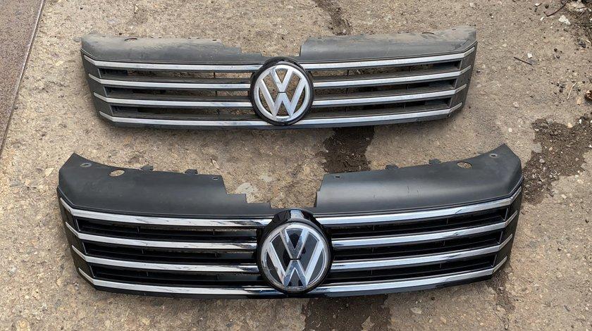 Grila radiator bara fata VW Passat B7 2010 , 2011 , 2012 , 2013 , 2014  cu emblema