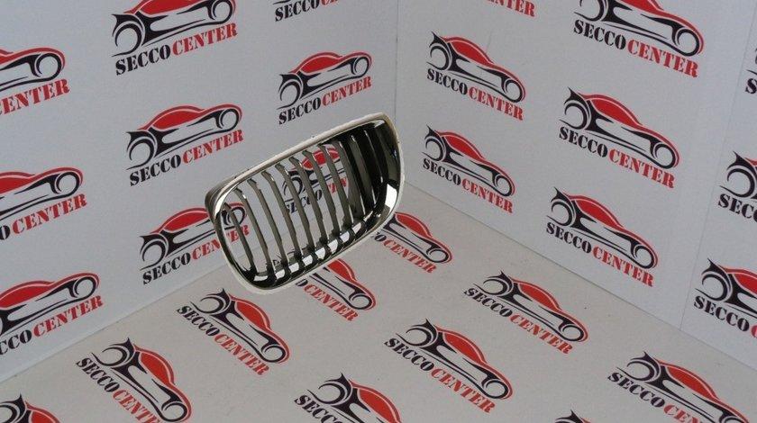 Grila radiator BMW Seria 3 E46 2001 2002 2003 2004 2005 crom crom stanga