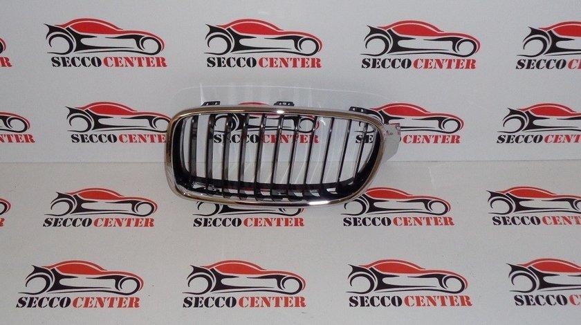 Grila radiator BMW Seria 3 F30 2011 2012 2013 2014 2015 stanga