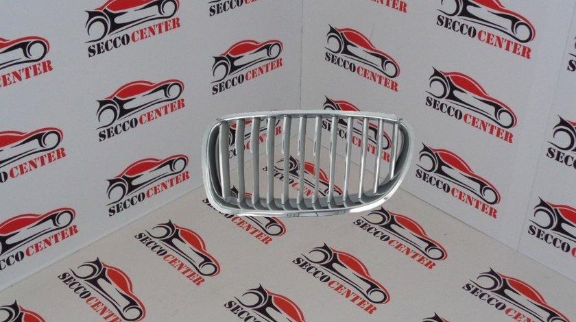 Grila radiator BMW Seria 5 F10 2010 2011 2012 2013 crom argintiu stanga