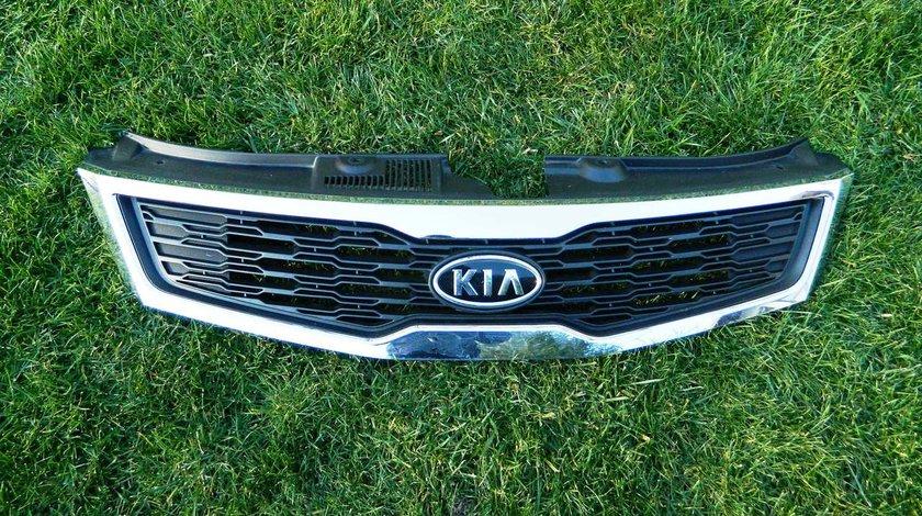 Grila radiator Kia Ceed Facelift dupa 2013 cod 86351-1H500