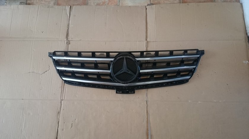 Grila radiator Mercedes ML W166 (2011-2015) cod A1668800123