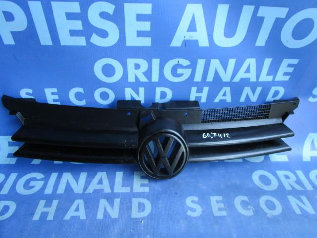 Grila radiator VW Golf 4 ; 7T168138