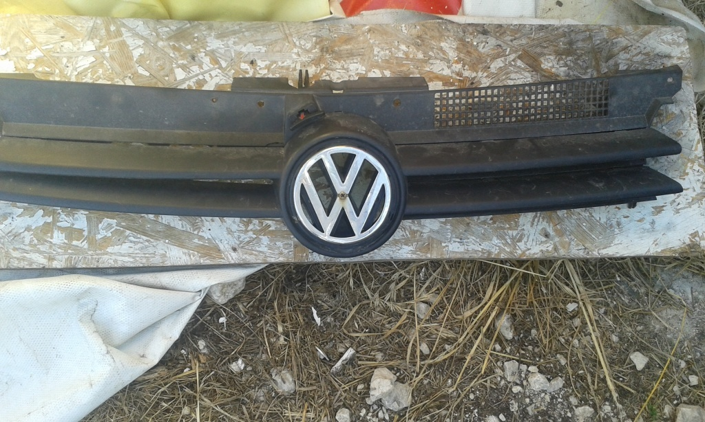 Grila radiator vw golf 4 break 1.9 tdi, 90cp, 2003