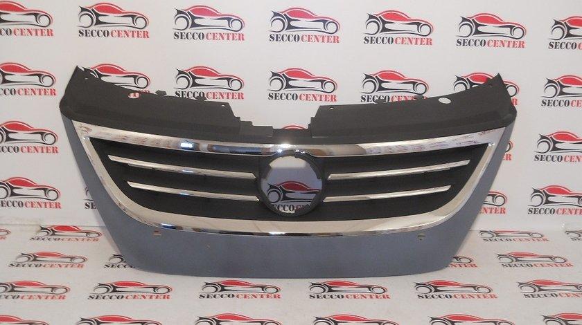 Grila radiator VW Passat CC 2008 2009 2010 2011 2012 2013 2014 cu locas de senzori parcare