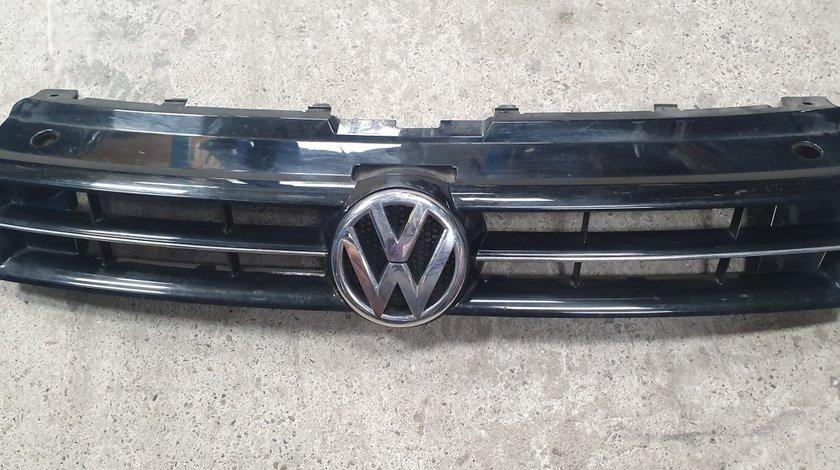Grila radiator VW Polo 6R 2010 2011 2012 2013