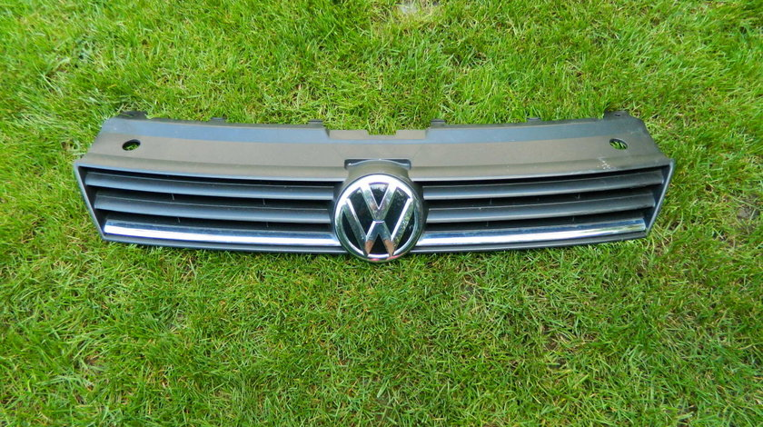 Grila radiator Vw Polo An 2014-2018 cod 6C0853653