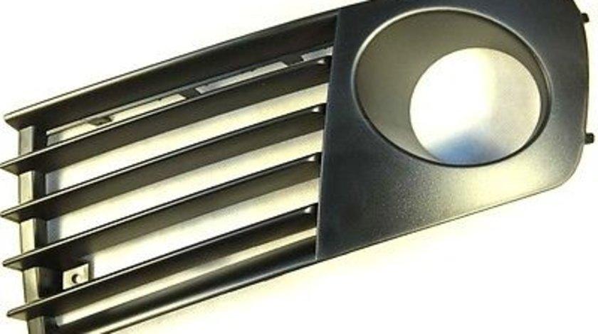 Grila spoiler Seat Ibiza/Cordoba (6L), 02.2002-05.2006, Dreapta, 6L0853666L01C, 6730274R cu locas pentru proiectoare