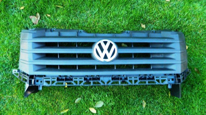 Grila VW Crafter model 2010-2015 cod 2E0853653E