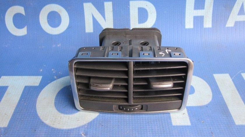Grile aerisire Audi A6 C6; 4F0819203B