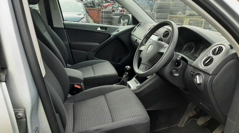 Grile bord Volkswagen Tiguan 2010 SUV 1.4 TSI
