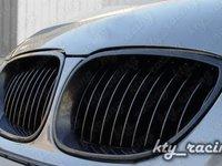 Grile negre BMW E61 LCI facelift (2007-2011)