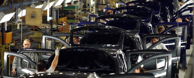 Grupul Renault lanseaza programul de stagii Drive Your Future 2013 la targul Angajatori de Top