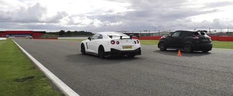 GT-R Nismo vs. Juke-R 2.0: Care-i mai rapid in linie dreapta?