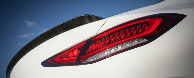 Halal sedan premium cu alura de coupe. Dai 75.000 de euro si il primesti cu motor de 1.5 litri