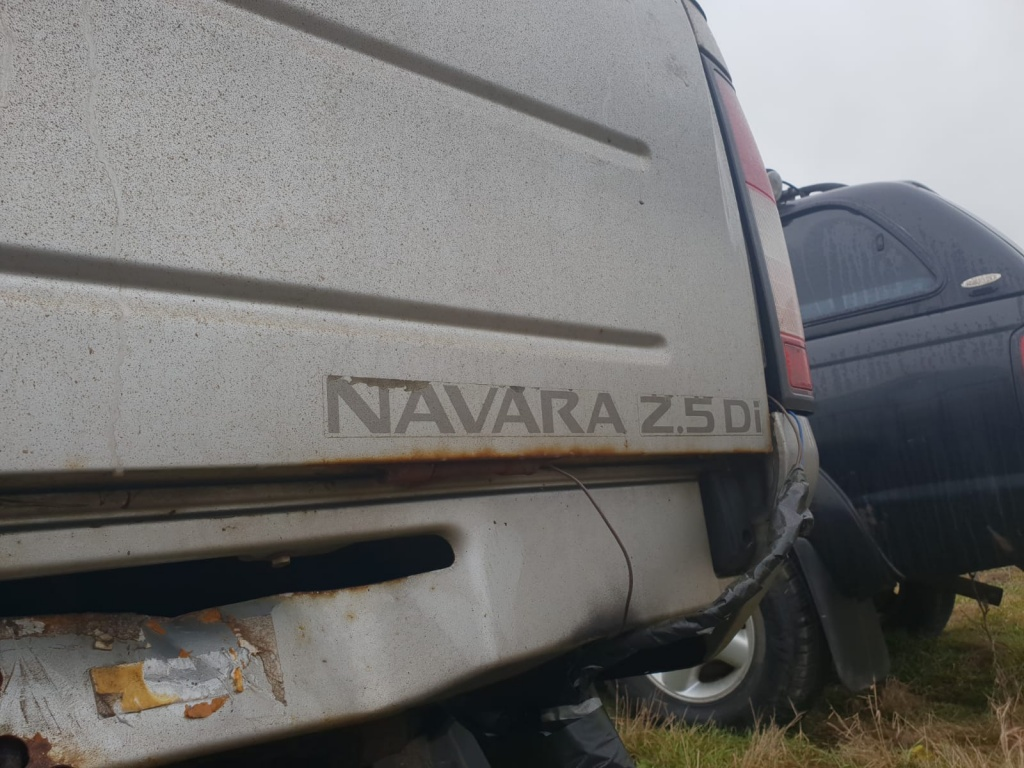 Hardtop oblon bena acoperis capac Nissan NAVARA d22 motor 2.5d